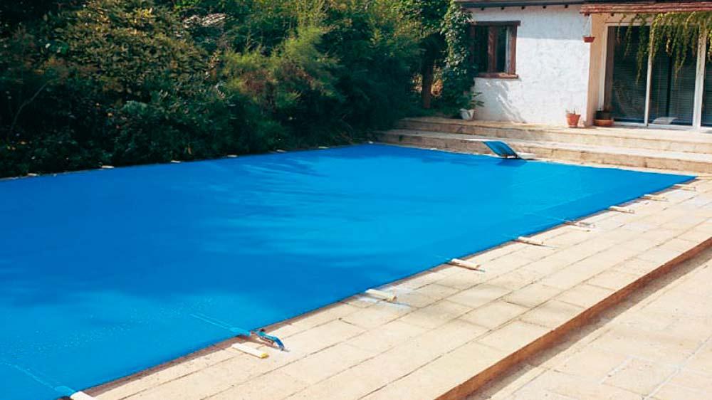 Como mantener la piscina en invierno